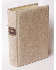 Raamattu Pellava, Kultasyrjä ja reunahakemisto